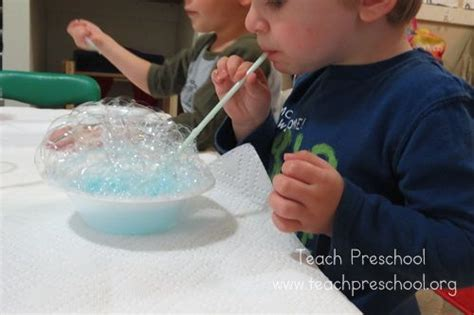 science topics for preschoolers explore and discover bubbles in a bowl science a bowl 735