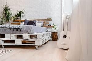 Comment Faire Un Lit En Palette : fabriquer un meuble en palette ~ Nature-et-papiers.com Idées de Décoration