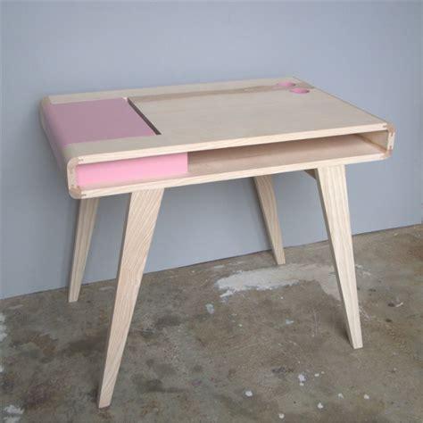 bureau contemporain bois bureau rétro contemporain en bois kolorea atelier