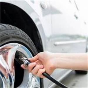 Changer Un Seul Pneu : changer un pneu de voiture pneus ~ Gottalentnigeria.com Avis de Voitures