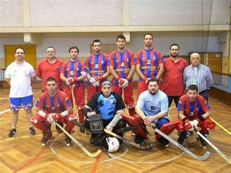 Nesta página, pode encontrar web sites portugueses relacionados com hóquei em patins. HÓQUEI EM PATINS   JORNAL DE DESPORTO