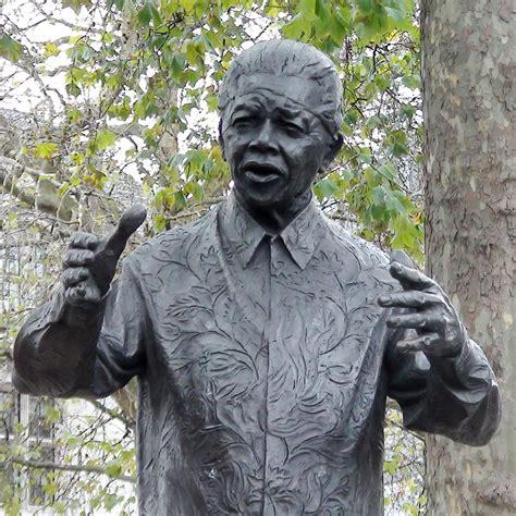 nelson mandela statue london remembers aiming