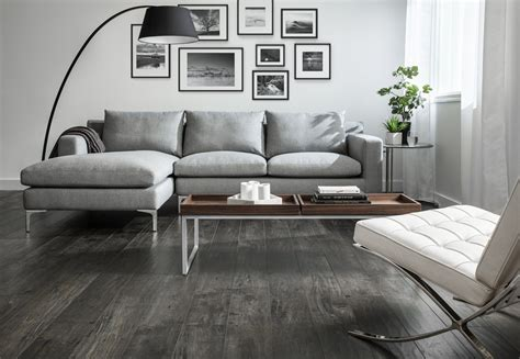 how to match wood flooring with wall colors