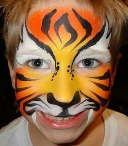 Maquillage Halloween Garçon : maquillage halloween garcon maquillage tigre sur le visage d 39 un gar on maquillage pintar ~ Melissatoandfro.com Idées de Décoration