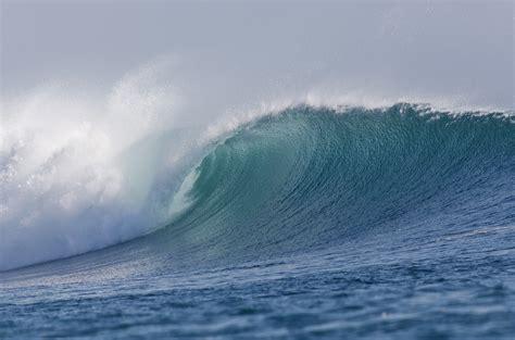 When Waves Come Crashing  Merikay Hunt