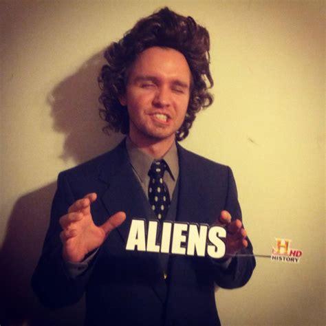 History Channel Aliens Guy Meme - history channel host 67 wildly creative diy costumes for men popsugar smart living