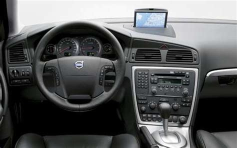 book repair manual 2004 volvo c70 interior lighting 2005 volvo s60 v70 xc70 first drive motor trend