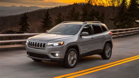2019 Jeep Cherokee Revealed Ahead Of Detroit Auto Show