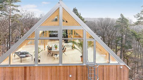 glass roofed heaven  sweden      curbed