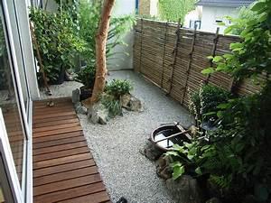 Balkon im japanischem stil garten u landschaftsbau for Französischer balkon mit steine für japanischer garten