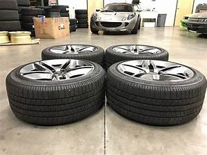 Ford Mustang SVT Shelby GT500 Wheels + Tires 11 front tread - Extreme Wheels
