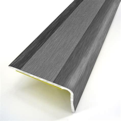 nez de marche alu nez de marche aluminium rev 234 tu d 233 co gris l 95 x l 3 6 cm leroy merlin
