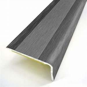 Nez de marche aluminium revetu deco gris l95 x l36 cm for Nez de marche parquet leroy merlin
