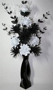 Artificial Silk Flower Arrangement Black & White in Large