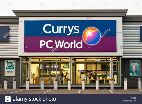 Currys PC World store, UK Stock Photo, Royalty Free Image: 87244389   Alamy