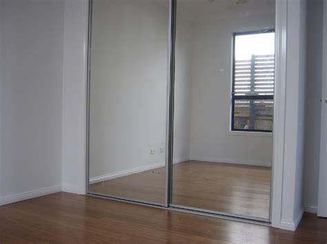 mirrordoors