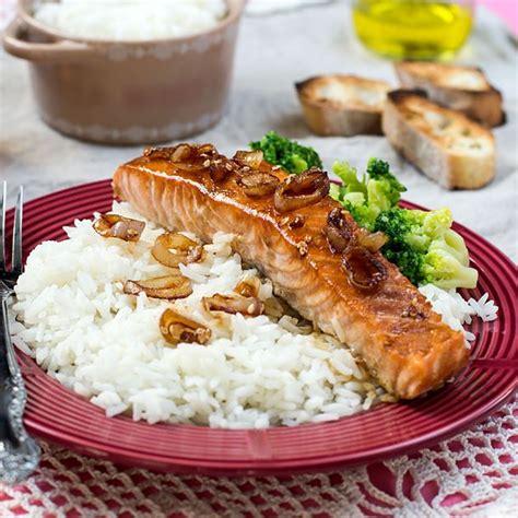cuisine pavé de saumon recette pavé de saumon laqué à la bière facile rapide