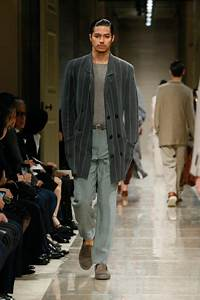 Primary Impression Giorgio Armani Cruise 2020 Men S Collection The Fashionisto