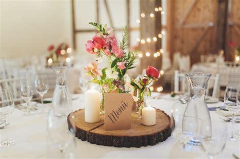 Blumen Hochzeit Dekorationsideenrosen Hochzeit Dekoration by Landhochzeit Unsere Dekoration Hochzeit Deko