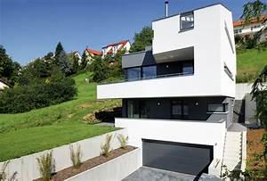 Haus Am Hang Bauen Stützmauer : schwebendes haus am hang archiplan architekten gmbh ~ Lizthompson.info Haus und Dekorationen