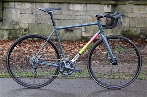 choosing  steel aluminium titanium  carbon road bike