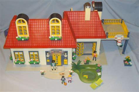 playmobil  family modern city house