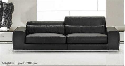 Divano Pelle 250 Cm : Divano In Pelle Design Aramis