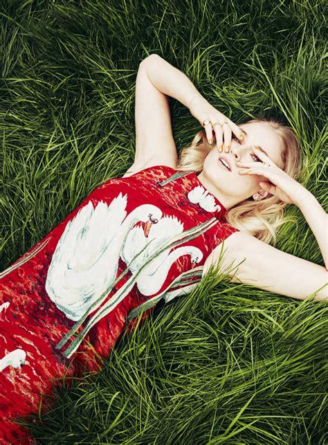 Sophie Turner - Photoshoot for Stylist Magazine July 2017 ...