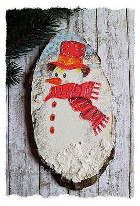 weihnachtsbasteln baumscheibe winterlicher schneemann