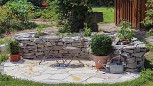 Gartengestaltung Mit Natursteinen : gartengestaltung mit naturstein ~ Markanthonyermac.com Haus und Dekorationen