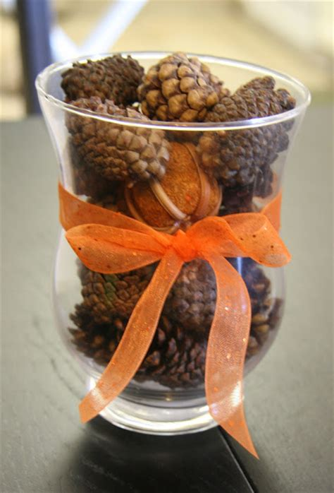 fireflies  jellybeans  easy fall centerpiece ideas   fall decor ideas