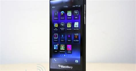 back to blackberry one editor s 30 day trial run
