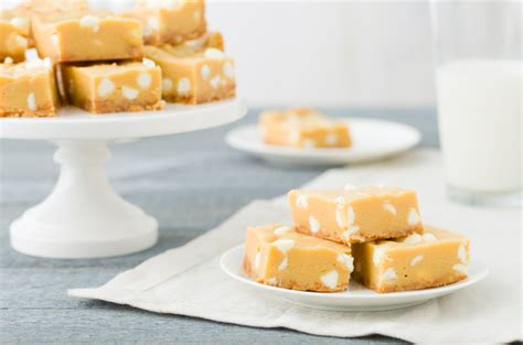 banana pudding bars dessert bars recipe delish