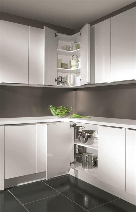 meuble cuisine d angle astuces pour meubles d 39 angle cuisiniste aviva