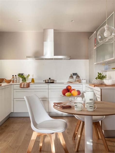 estilo contemporaneo en  cocinas mesas