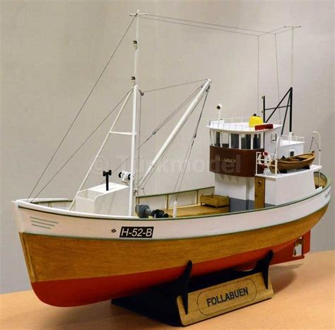 Wooden Model Fishing Boat Kits follabuen 1 25 scale norwegian fishing boat wood model kit