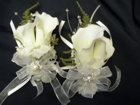 corsage  mother wedding flowers wedding corsages