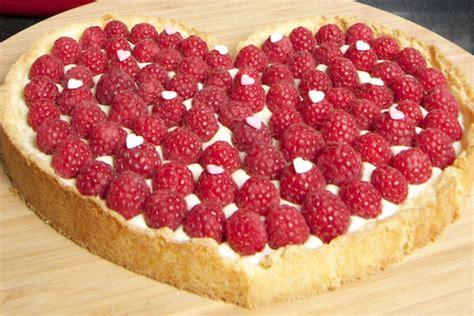 dessert f 234 te des m 232 res tarte aux framboises et verrine