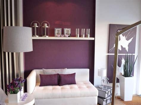 Herrlich Wandsteine Schlafzimmer Interessant Beispiele Wandfarbe Lila Wohnzimmer