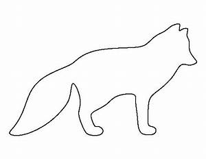arctic fox pattern use the printable outline for crafts With template of a fox
