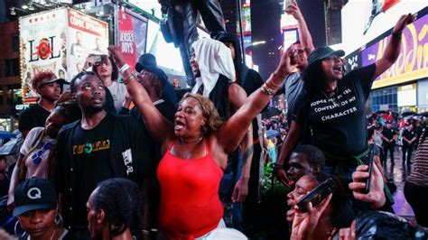 Protests over shootings block roads in US cities arrests made