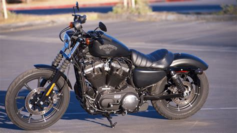 2017 Harley-davidson Sportster Iron 883 Review
