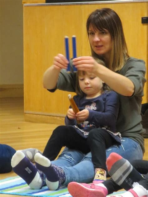 Music classes for toddlers are a productive way for the children to express themselves and experience the world around them. Pin by Marion Johnston on Toddler music classes | Music for toddlers, Music classes for toddlers ...