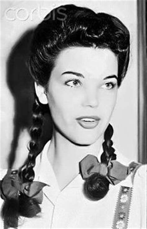 1940s Braided Hairstyles by 1000 Images About Braided Vintage Hair On