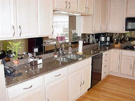 Glass Mirror Backsplash Kitchen Ideas