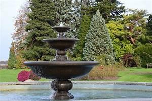 Fontaine De Jardin En Fonte : fontaine de jardin en pierre ou en fonte fontaine de jardin ~ Melissatoandfro.com Idées de Décoration