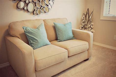 canapé lit pour studio le canapé lit solution facilité pour les petites espaces