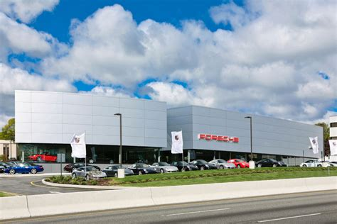 porsche dealership largest porsche dealership in na now open autoevolution