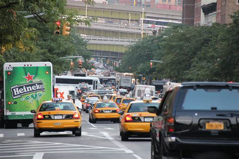Traffic In New York City.jpg