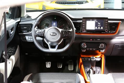 kias  stonic  compact suv detailed   gallery